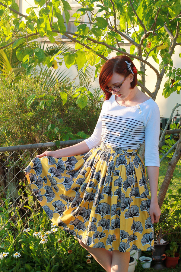 DIY 50's-Inspired Full Gathered Skirt Tutorial